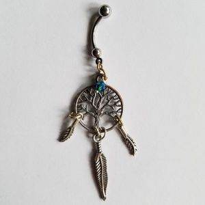 Jewelry - Tree with dangle feathers bellybutton jewelry